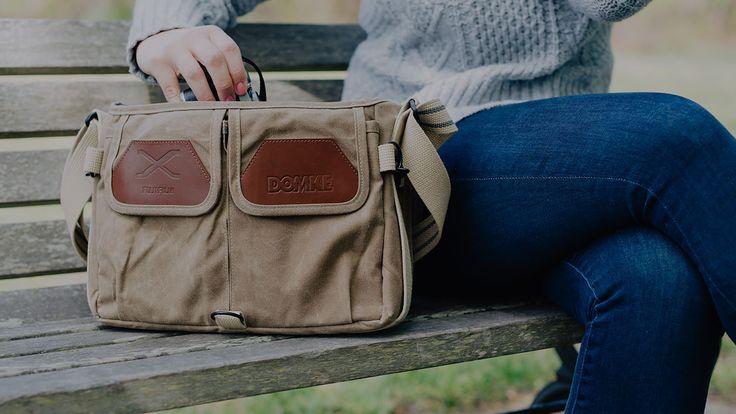 Domke gaat cameratassen maken in samenwerking met Fujifilm  Tassenfabrikant Domke gaat in samenwerking met Fujifilm een speciale versie van de F-5XB en F-803 schoudertas uitbrengen. Op de tas, verkrijgbaar in zandkleur, gaat het logo prijken van beide merken.