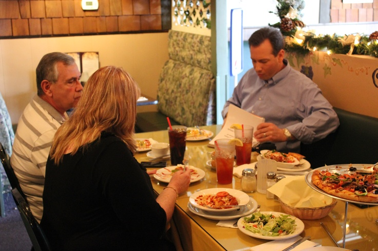 Fruit Pizza and Lasagna at Cannatro's Italian Restaurant with Chris Burroughs from KTLA Channel 5