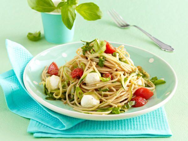 Tomaten-Zucchini-Spaghetti I Quelle: lecker.de