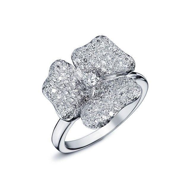Célèbre Les 25 meilleures idées de la catégorie Bague de diamant en forme  BQ62