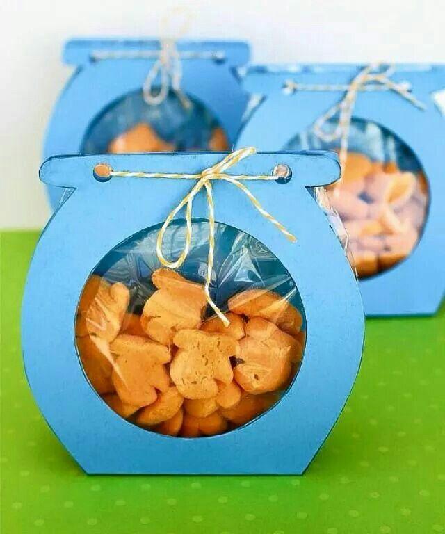 Vissenkom met koekjes
