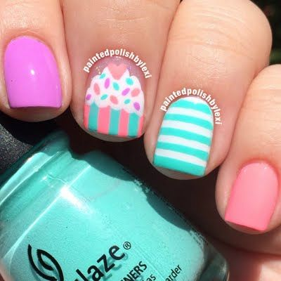 Hand painted cupcake design using gorgeous polish colors are featured in this cute nail art. Have your dose of some sweet nail art inspiration here.