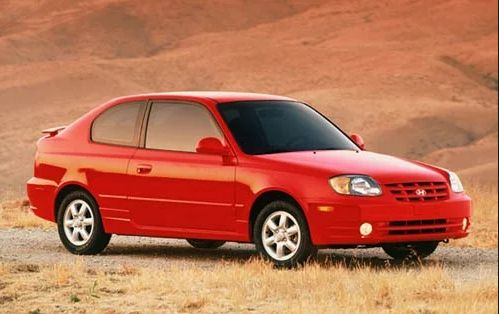 2003 Hyundai Accent Owners Manual –Spacious and comfortable, the Hyundai Accent offers an outstanding benefit. It is a new car at used-car rates. Hyundai backs the Accent with the intense warrantee that reduces anxieties about maintenance expenses. An accent is interestingly processed for ...