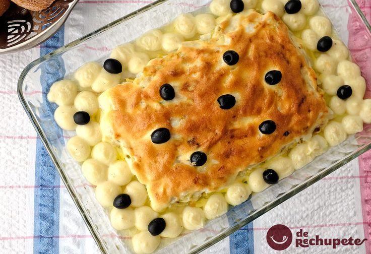Una de las mejores recetas de nuestro vecino Portugal. Bacalao gratinado con mayonesa (Bacalhau à Zé do Pipo) http://www.recetasderechupete.com/bacalao-gratinado-con-mayonesa-bacalhau-a-ze-do-pipo/11462/