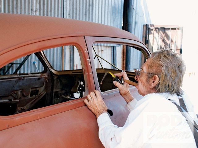 Chopping A 1951 Mercury Hot Rod Network Chopped Cars Old Hot Rods Auto Body Work