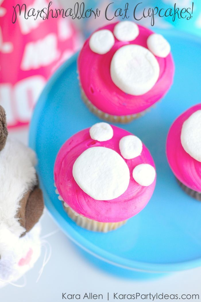 EASY Cat Paw Print Cupcakes using MARSHMALLOWS! Kitty Birthday Party! Kara Allen | Kara's Party Ideas for Friskies Party Mix - Grumpy Cat's Birthday Party KarasPartyIdeas.com #kittyparty #catparty