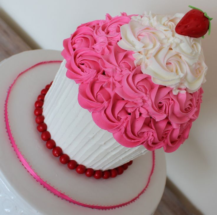 Giant Cupcake Smash Buttercream Cake Strawberry Shortcake