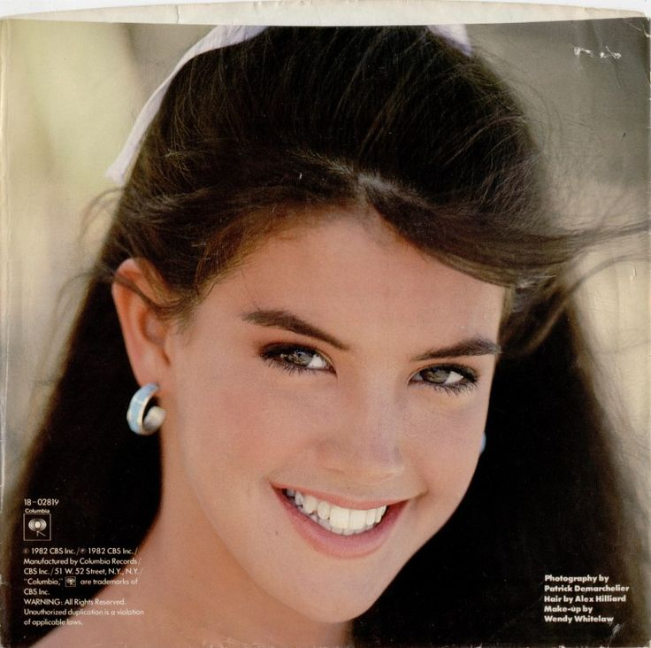 38 Best Images About Phoebe Cates On Pinterest Lady