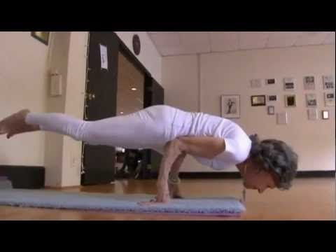 The amazing Tao Porchon-Lynch, 93-year-old yoga teacher!