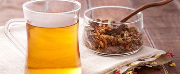 Ödem Atıcı Ev Yapımı Çay İle Şişkinlikten Kurtulun,Ödem atıcı ev yapımı çay ile şişkinlikten kurtulun karabiber, karanfil ve zencefille hazırlanmış