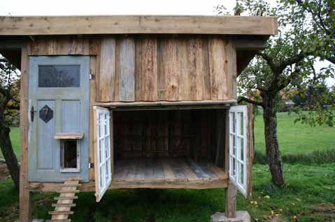 die besten 25 h hnerhaus bauen ideen auf pinterest h hnerhaus h hnerstall und h hnerstall bauen. Black Bedroom Furniture Sets. Home Design Ideas
