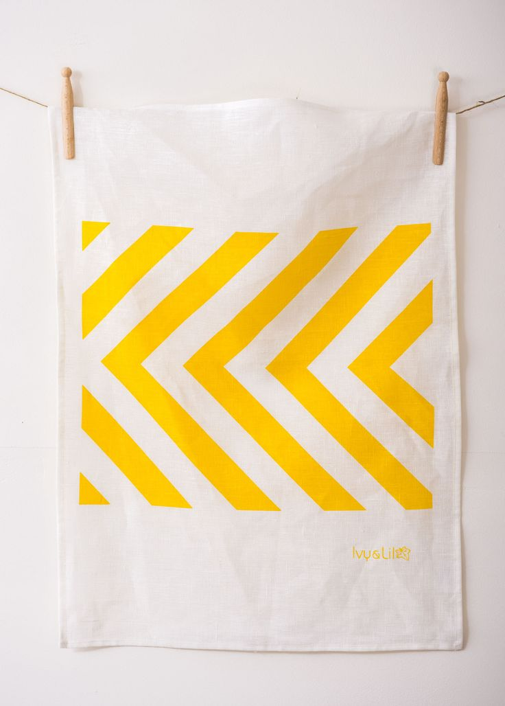 Two loves - graphic / yellow