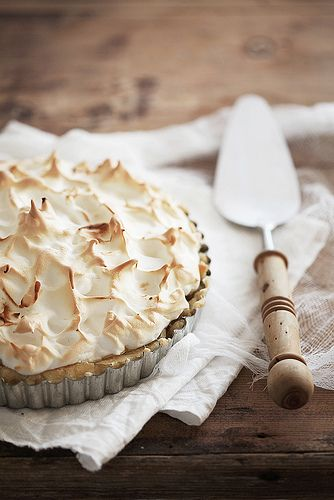 Lemon meringue pie by Call me cupcake, via Flickr