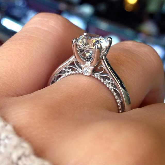 Engagement Rings With Diamonds Around The Band