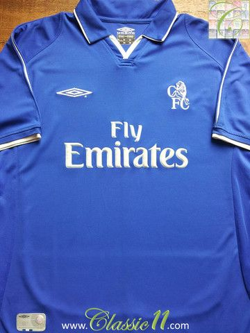Relive Chelsea's 2001/2002 season with this vintage Umbro home football shirt.
