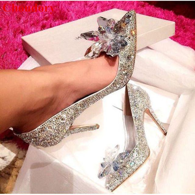 Design de moda de Cristal Coberto Pointy Toe Senhora Bombas Partido Sapatos Sparking Strass Floral Mulheres Cravejados Bombas Dos Saltos Altos Sapatos