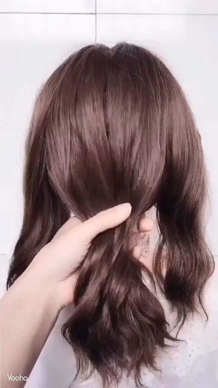 Variety and temperament low ponytail hairdressing #hairmakeup