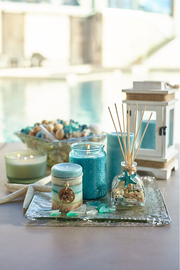 Enjoy a coastal breeze even when you're far inland with Sea Air™, Pier 1's isle-inspired blend of tropical jasmine, white lilac and gardenia, with just a splash of peach. You can almost hear the waves calling your name.