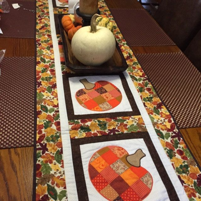 Applique Pattern Vintage Camper Instant Download Digital Pdf File Raw Edge Applique Easy Sewing Pattern Trailer Halloween Table Runners Quilted Table Toppers Handmade Table Runner