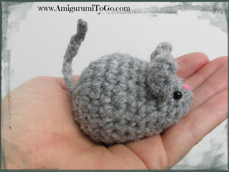 Little Grey Mouse ~ Amigurumi To Go