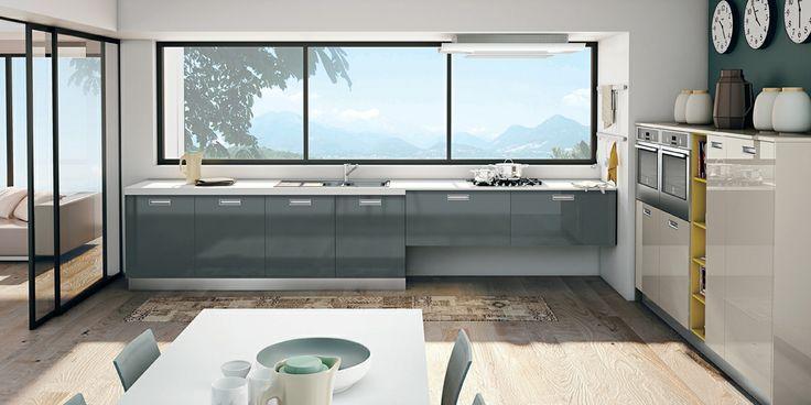 Materiali pregiati e superfici differenti si coniugano con armonia in un raffinato insieme contemporaneo.  #CREO #kitchens #home #cucina #arredamento