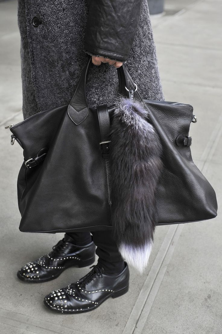 Kyle Anderson -Mulberry bag w/ fox tail and Prada shoes ...