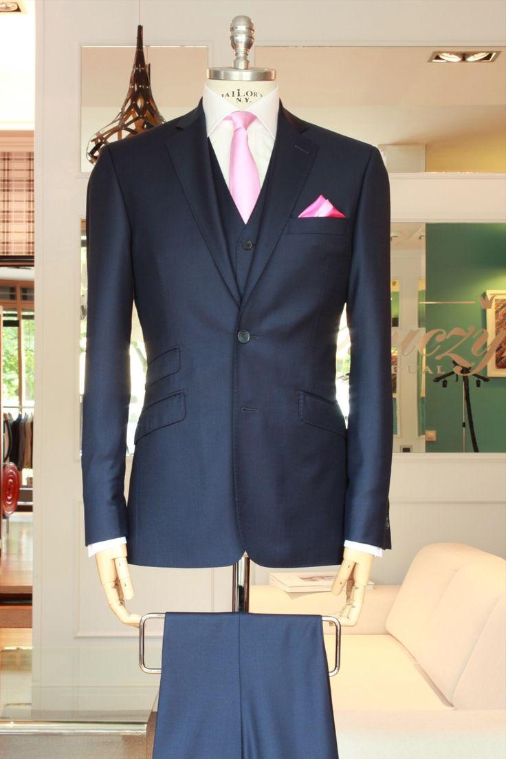 https://www.facebook.com/media/set/?set=a.10153472704984844.1073742497.94355784843&type=3  #fashion #style #menswear #mensfashion #mtm #madetomeasure #buczynski #buczynskitailoring #dormeuil #amadeus #amadeus365 #suit #tailoring