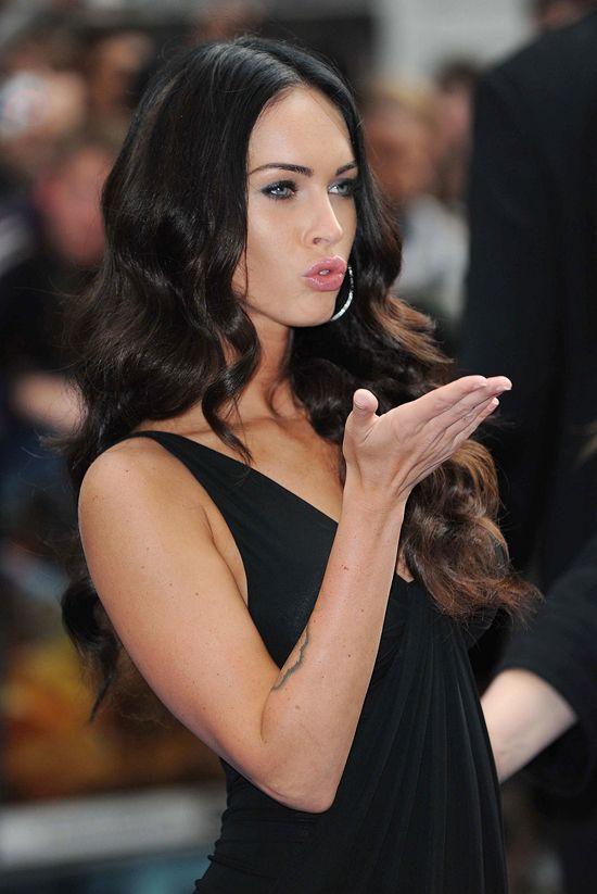Megan Fox kiss