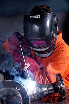 Welding apprenticeship and apprentice training at Maritime & Engineering College North West in Birkenhead.
