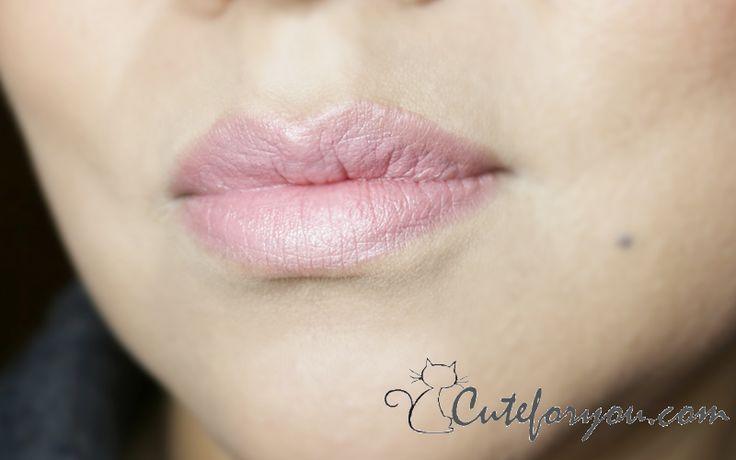 El archifamoso Angel de Mac Cosmetics, un color es un rosa lavado precioso con destellos finísimos y delicados.