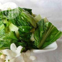 Bok choy à l'ail, facile et délicieux @ qc.allrecipes.ca