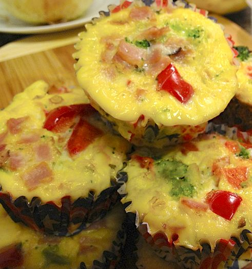 Omelet Muffins--YUM!  Approximate cooking time: 30 minutes: Breakfast Eggs, Paleo Omelets, Breakfast Muffins, Fun Recipe, Gluten Free Breakfast, Eggs Muffins, Paleo Recipe, Omelets Muffins, Approxim Cooking