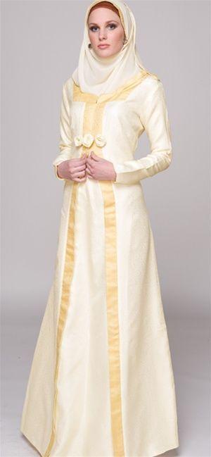 Hijab Fashion 2016/2017: Sélection de looks tendances spécial voilées Look Descreption beautiful abaya