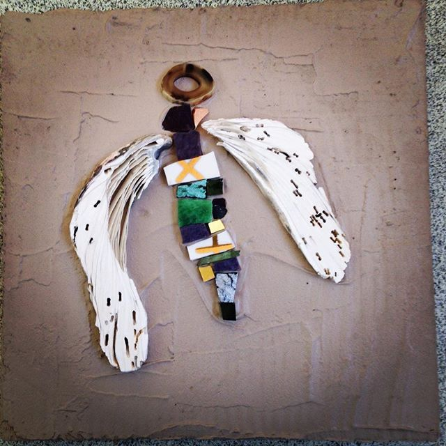 Earthly Angel 2 #mosaicart #angel #naturalmaterials #oyster #smalti #gold