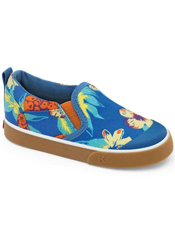 How cute are these Hawaiian print canvas sneakers? Hit the luau in style!! Kai by See Kai Run Everest Blue available at www.tinysoles.com! #TinySoles