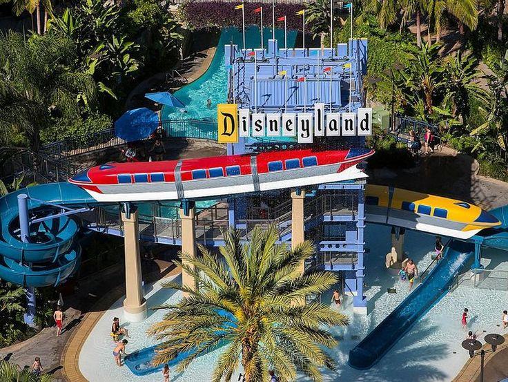 Review: Disneyland Hotel in Anaheim, CA