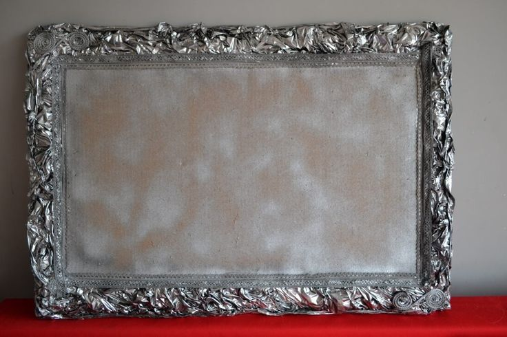 https://www.facebook.com/remakebylarosette/photos/pcb.260499257633763/260499167633772/?type=3   pin board like picture frame made by REmake