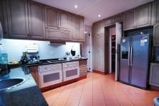 Stunning Kitchens in Exclusive Estate Homes found on MyRoof.co.za