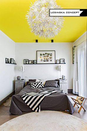 YELLOW CEILING IN BEDROOM