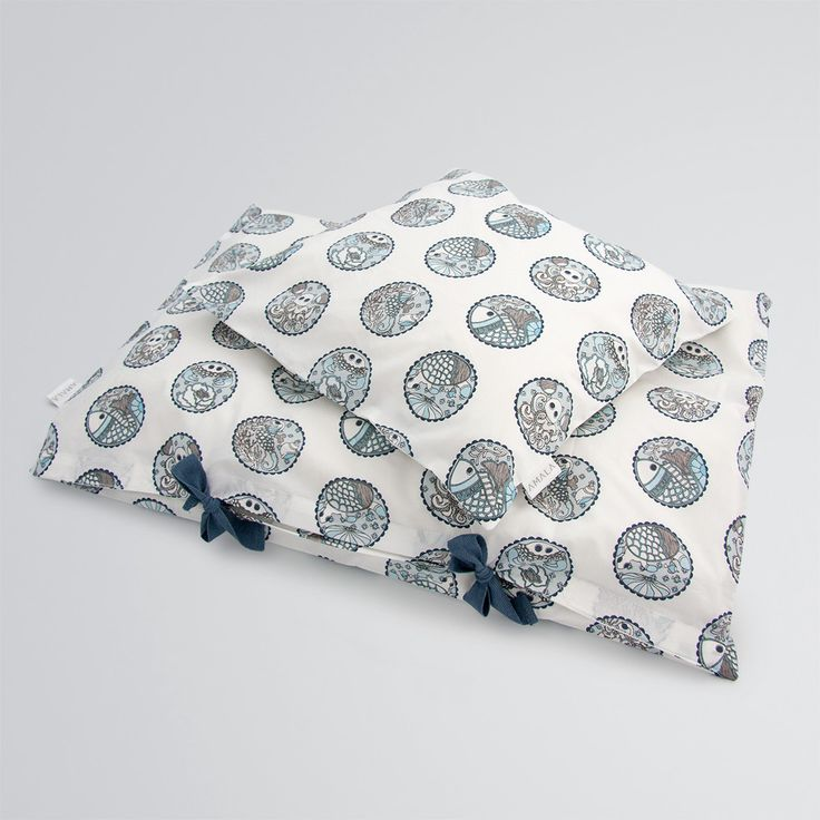 'Madhubani Blue' childrens bedding - 100% organic cotton GOTS Certified.