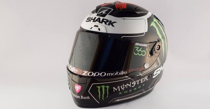El campeón vigente de MotoGP, Jorge Lorenzo, estrena marca de cascos en 2016, un Shark Race-R Pro de la firma francesa continuista en cuanto aspecto.…