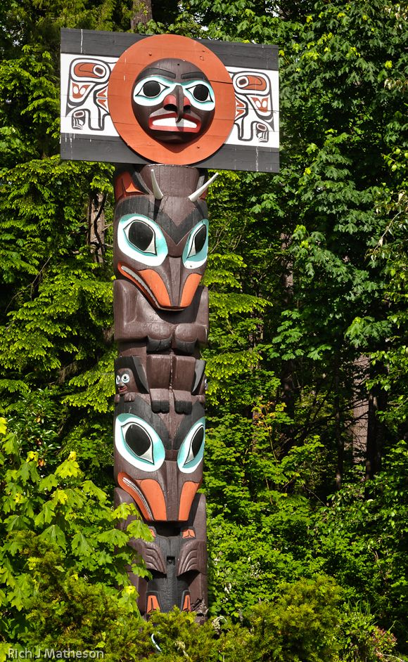 totem poles of haida indians The term totem pole is not a native northwest coast phrase in fact, the use of  the  many years ago the haidas used to live at north island it stormed for many .