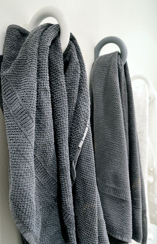 I want these towels...they are awesome!! grey towel for the bathroom #CPHart50shades