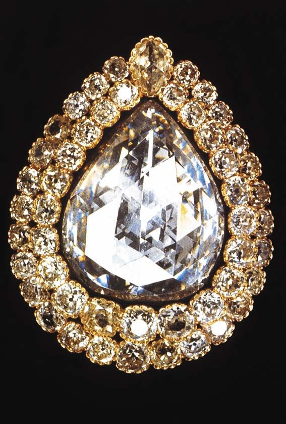 The Spoonmaker's Diamond is a 86 carats (17g) pear-shaped diamond. Considered the fourth largest diamond of its kind in the world.    According to one tale, a poor fisherman in Istanbul near Yenikapi was wandering idly, empty-handed, along the shore when he found a shiny stone among the litter, which he turned over and over, not knowing what it was.    After carrying it about in his pocket for a few days, he stopped by the jewelers' market, showing it to the first jeweler he encountered.