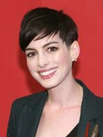 Anne Hathaway's Hair Has Gone All Rock Star On Us #refinery29