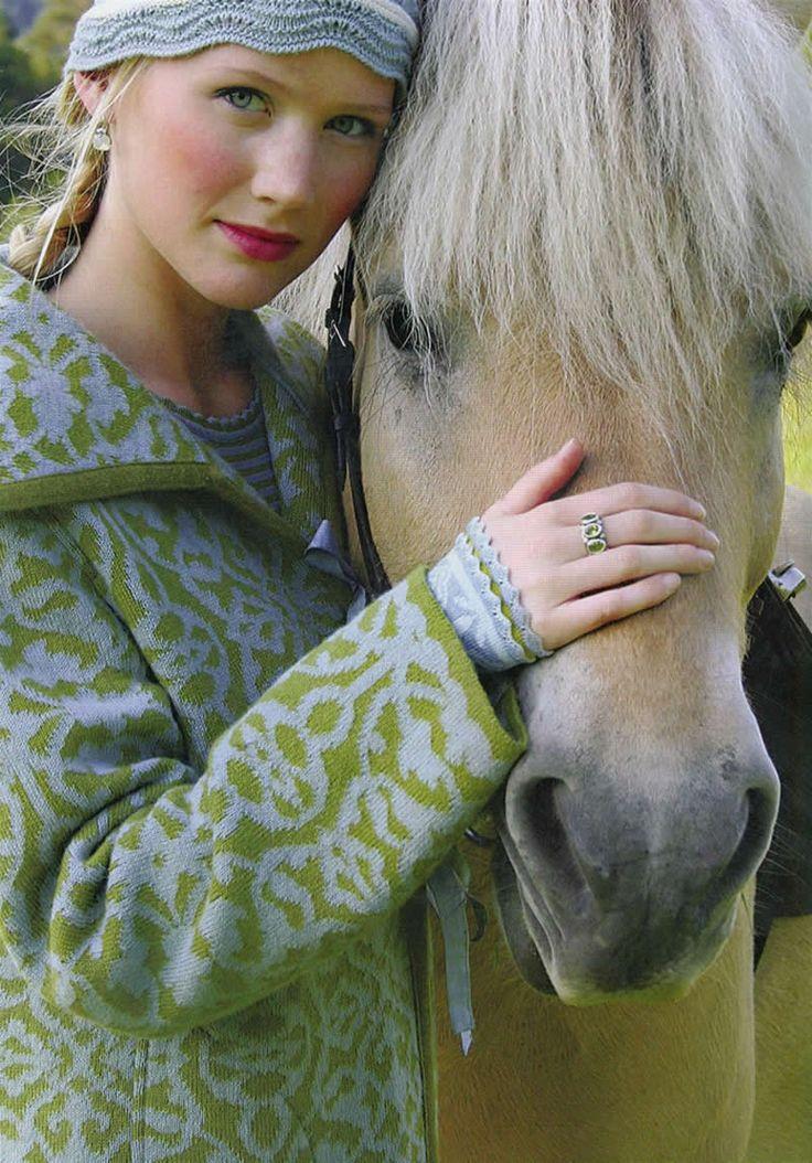 Oleana og Fjordling -- Norway Sweater / & a lovely norsk Fjord Horse --- I love her Beatle Bangs. ;-D