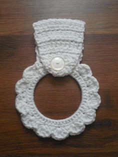 White Scalloped Flower-shaped Crocheted Cotton Kitchen Dish Towel Holder Ring by QueenBsBusyWork on Etsy