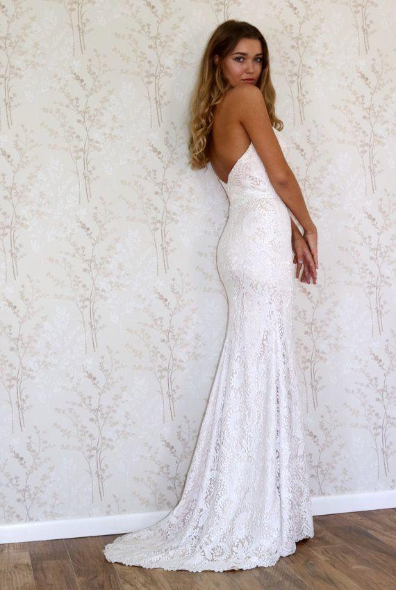 best 25 bohemian style wedding dresses ideas on pinterest bohemian wedding dresses bohemian lace wedding dress and boho wedding dress