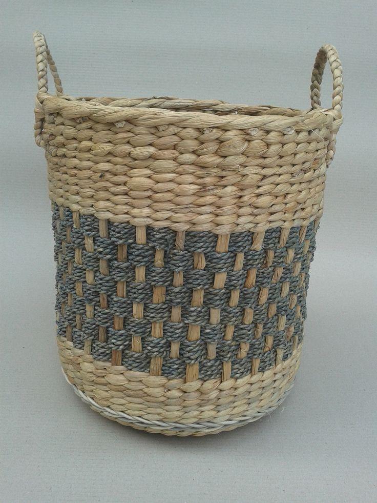 Stock waterhyachiant motif Basket
