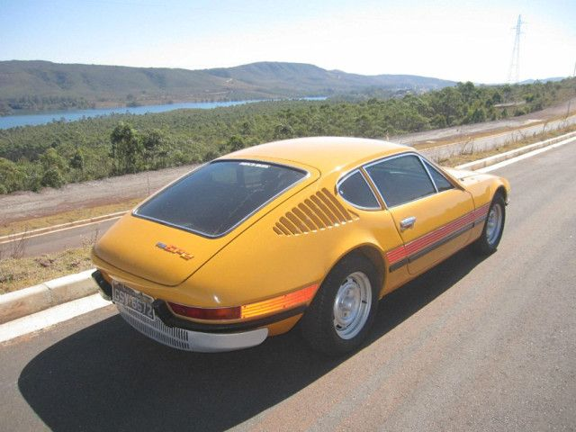 Volkswagen Sp2 Sports Coupe Brazilian Beauty That S Only Skin